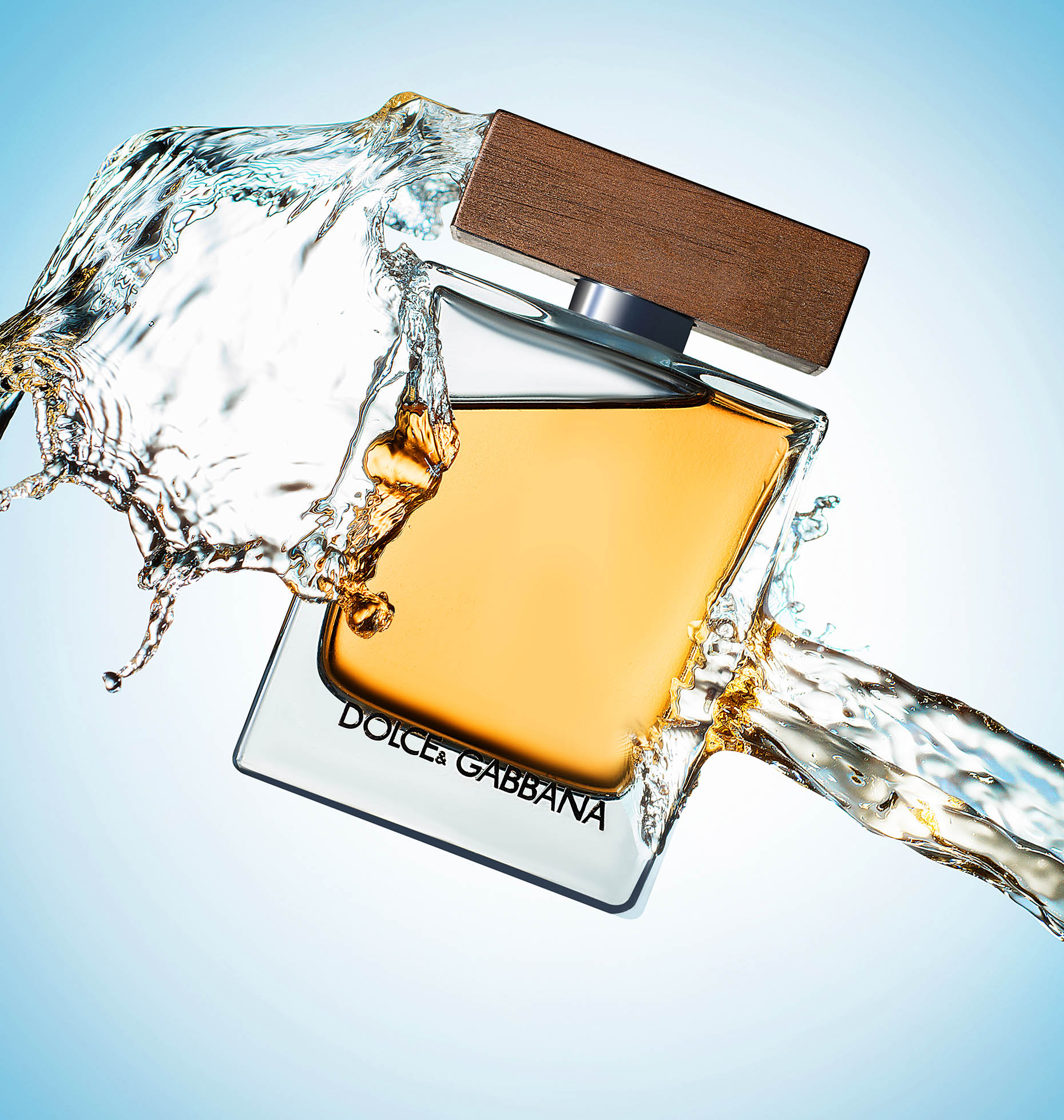 New-york-luxury-still-life-cosmetics-splash-photography