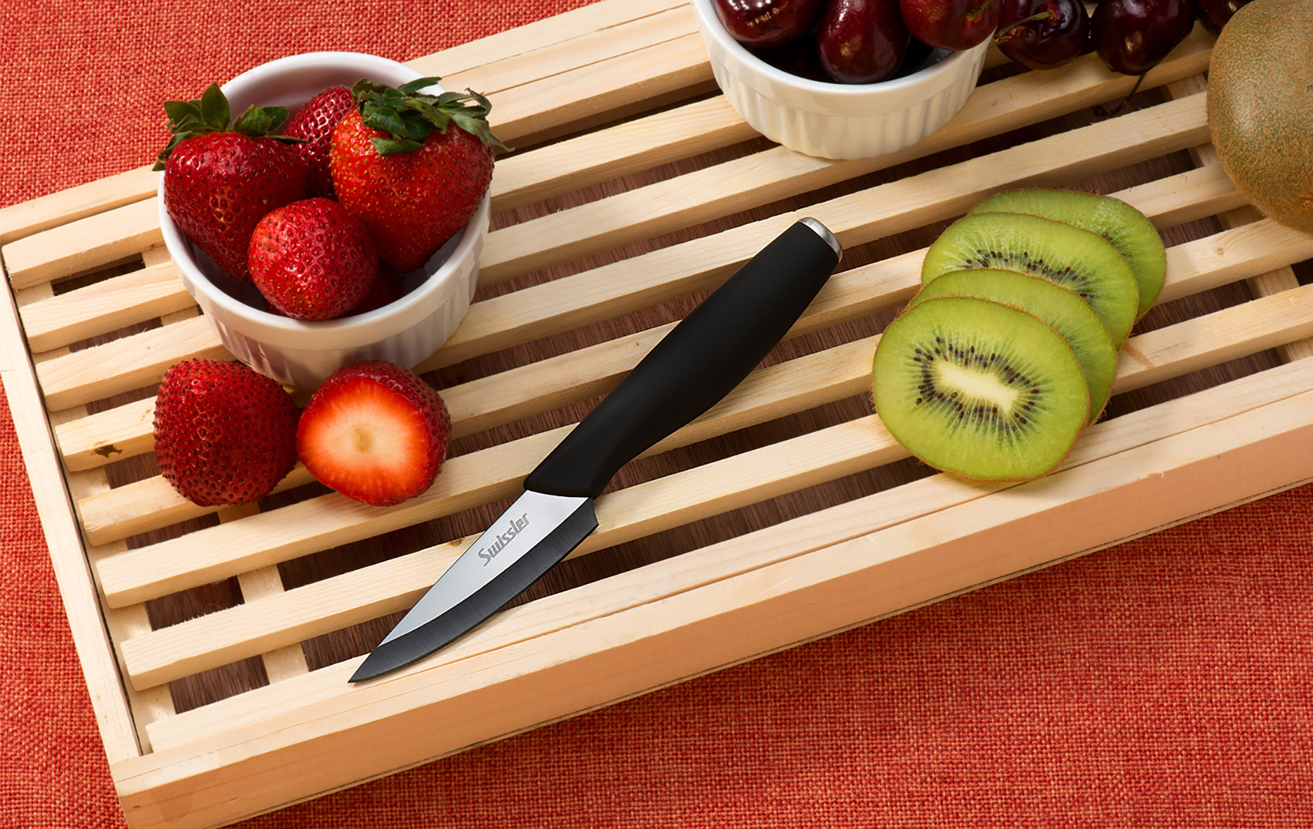 food-photography-in-new-york-berries-knife