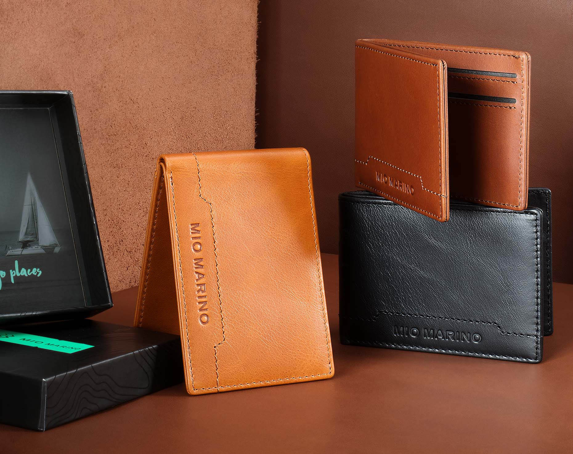 luxury-accessories-wallets